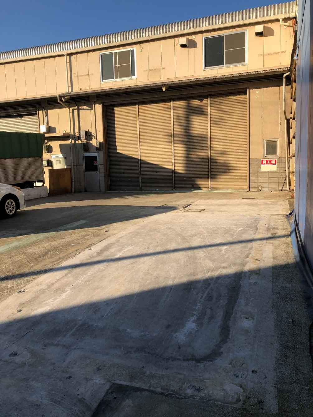 Y-550 尼崎市久々知西町2丁目 貸倉庫